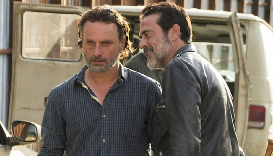 The walking dead 7x16 adelantos: ¡Avance ESPECTACULAR con doble video del FINAL DE TEMPORADA!